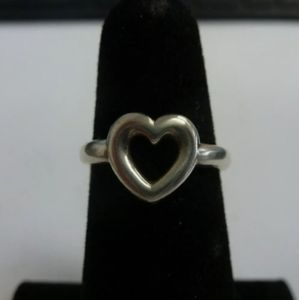 James Avery RARE Retired Open Heart Ring.